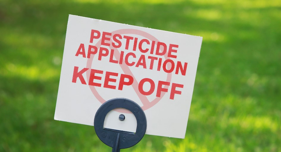 pesticide classification scale allows users to make risk comparisons