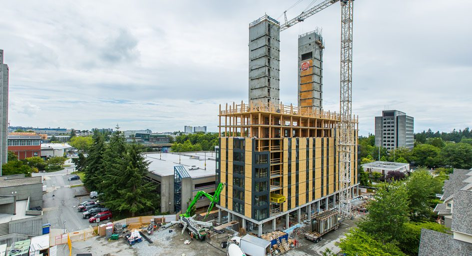 Construction-milestone-for-UBC-Brock-Commons