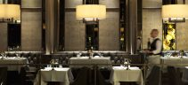 black_and_blue_restaurant