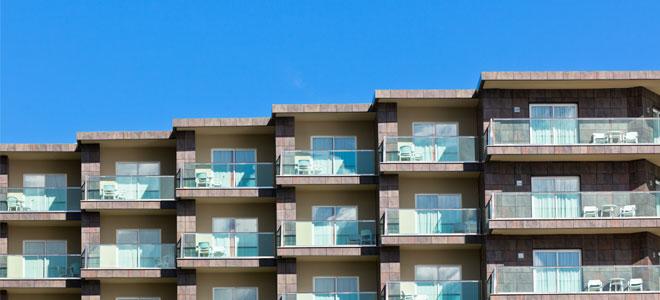 glass balcony guards