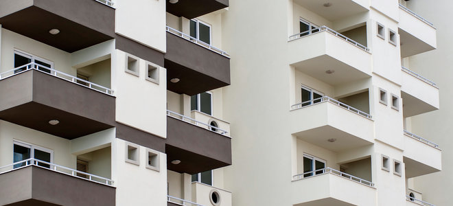 Balcony mishaps in residential towers remi network for Balcony apartments